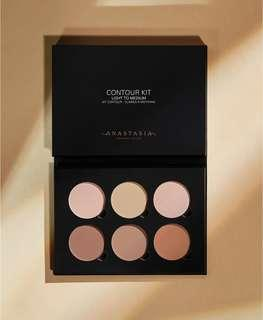 🚚 Anastasia Beverly Hills Contour Kit (light to medium)