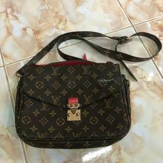 Lv metis limited (red)