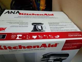 KitcherAid 4.7l stand mixer