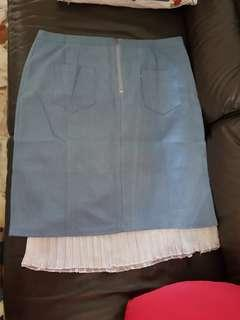 Brand new skirt. Uk12...selling as bought wrong size