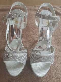 Sepatu Wedding / Sepatu Pesta / Sepatu Kondangan Putih