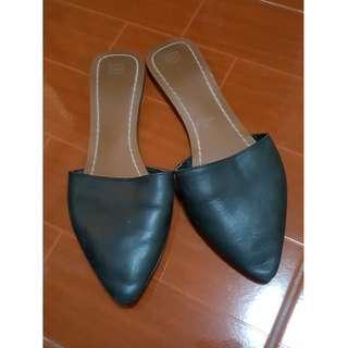 Zara flat slippers