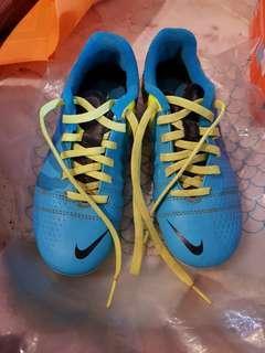 Original Nike Junior Soccee boots