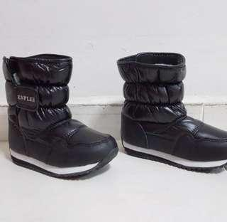 Kids Winter Boots size 31