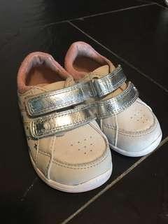 Next baby sneakers鞋仔