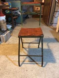 懷舊診所打針椅