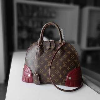 b50bf11f65c91 Authentic Louis Vuitton Monogram Alma PM M41344 LV