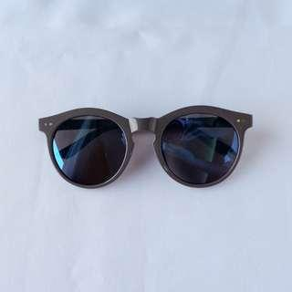 [repriced] SOPHIE MARTIN Grey / Blue sunglasses w pouch