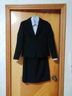 女款西裝套裝