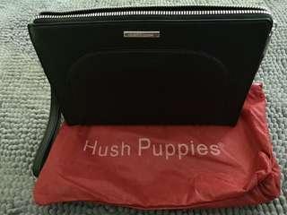 Hush puppies men clutch