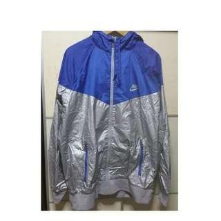 🚚 Nike windbreaker/hoodie