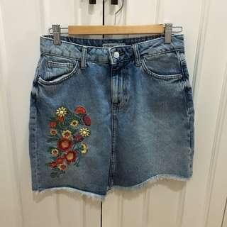 Zara denim skirt with floral embroidery
