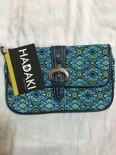 Hadaki clutch/shoulder bag