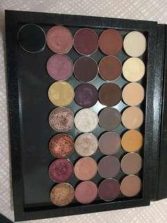 Z palette with 29 shadows