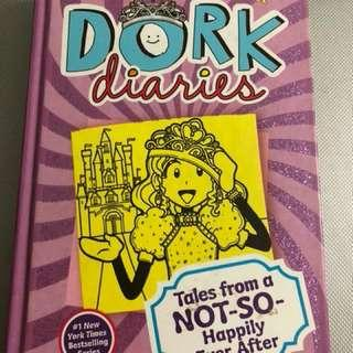 Dork Diaries: NOT SO HAPPILY EVER AFTER