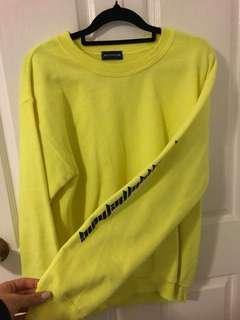 PRETTY LITTLE THING FLURO SLOGAN JUMPER