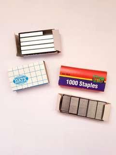 2 packs of staples (size 26/6)