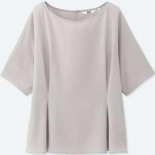 Uniqlo drape tuck shirt sleeved blouse