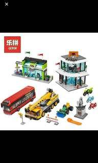 In Stock* Lepin 02035 City Town Square