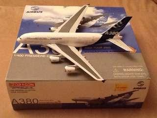 BRAND:DRAGON WINGS-SINGAPORE AIRLINES AIRBUS A380/1:400