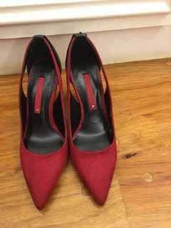 ZARA suede pumps red