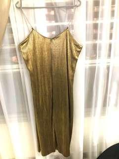 Gold pleated low back metal chain midi dress Korean Style