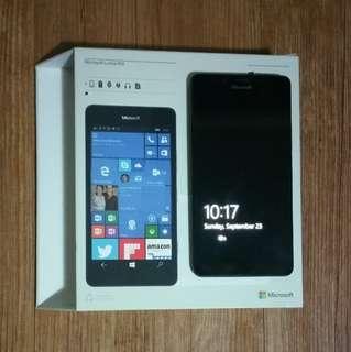 Microsoft Lumia 950 Hitam