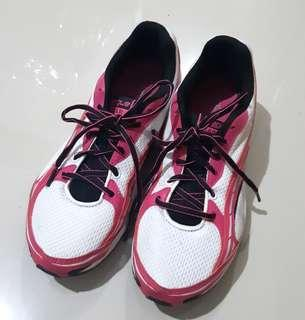 League women shoes