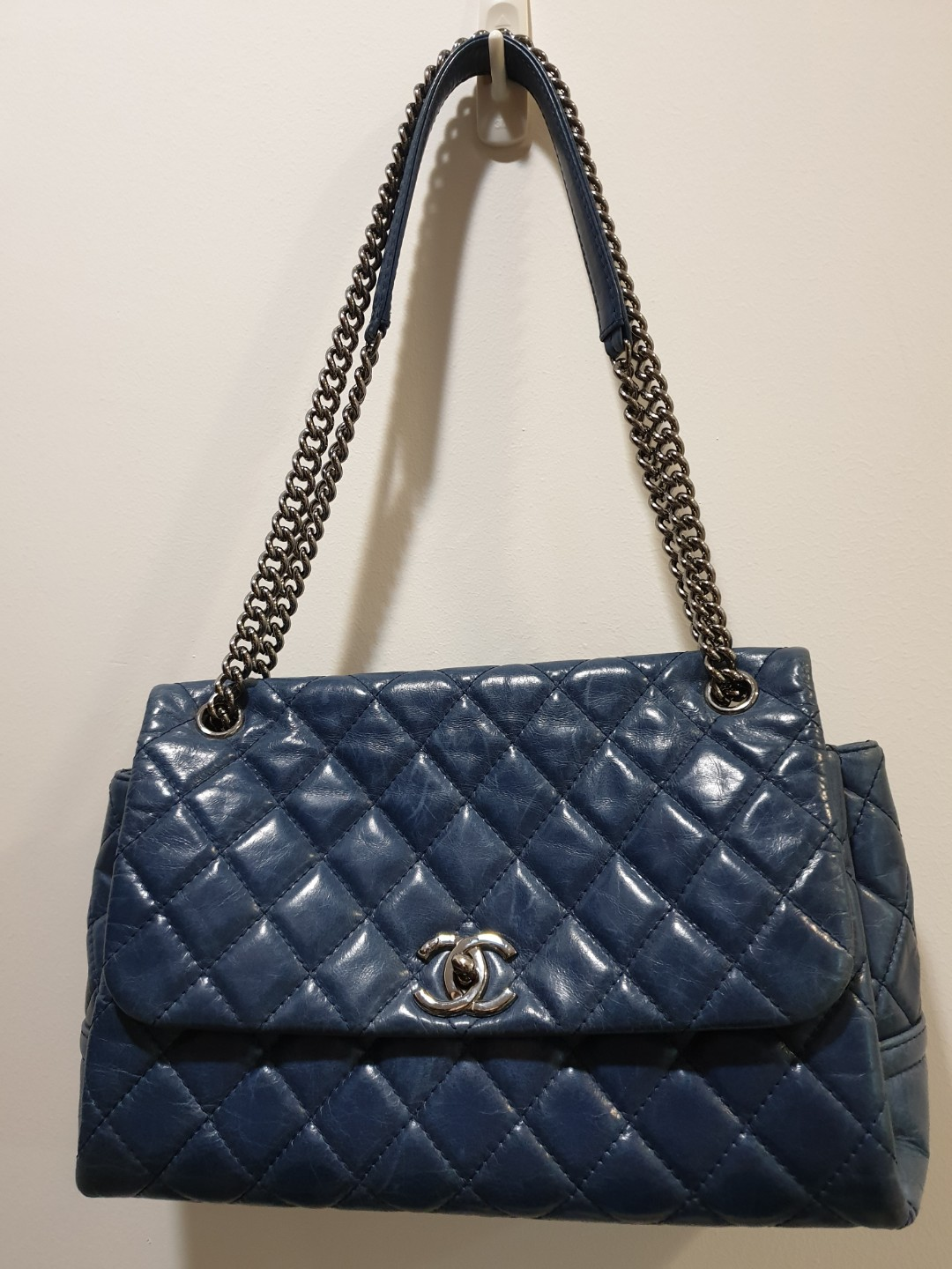 42615d8c745c Authentic Chanel Flap Bag, Luxury, Bags & Wallets, Handbags on Carousell