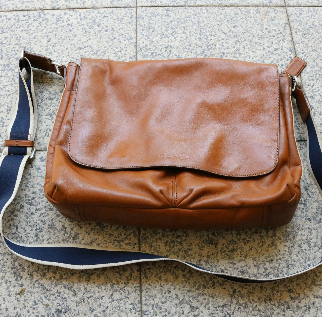 64afc5df7f Coach Messenger Bag (Genuine Leather)