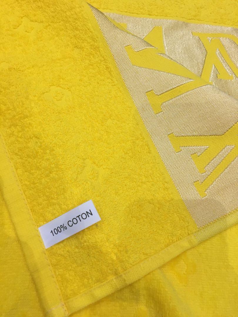 Louis vuiton towels