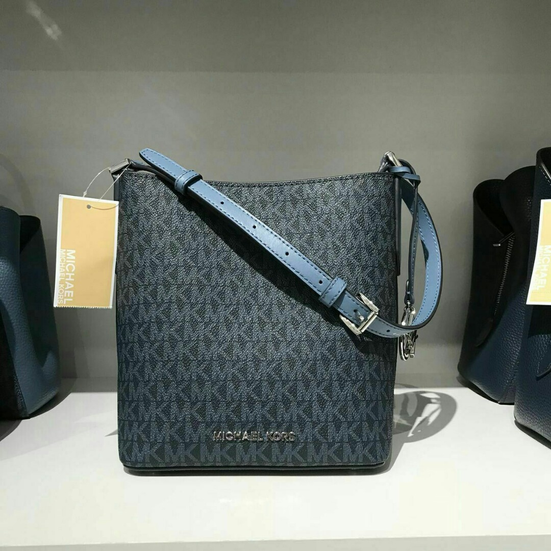 be26a0cfc5 MICHAEL KORS KIMBERLEY SMALL BUCKET BAG BLUE COLOR PRICE VALID UNTIL ...