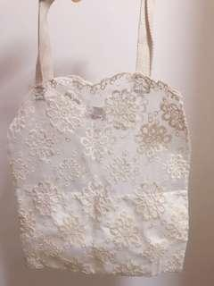 泰國半透lace 花紋布袋