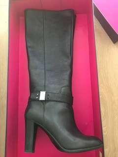New Enzo Angiolini boots size 38.5