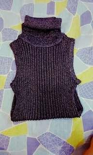 Turtle Neck Sleeveless Top
