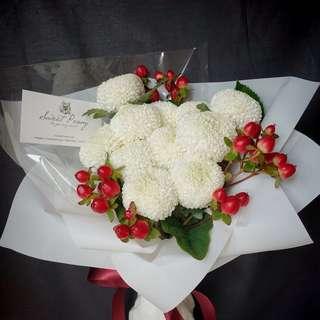 Korean Style fresh flower bouquet [Reminds me a Christmas]