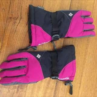 Womens Medium Snow Gloves