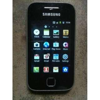 Preloved Hp Samsung Mungil (Udah bs sosmed)