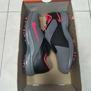 Nike Tiger Woods TW '17 Golf Shoes (Grey/Pink)