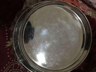7 dinner plates (thalis)