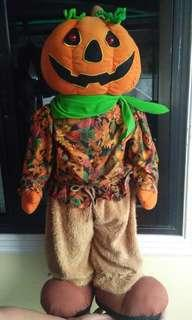 Big, batt op Decorative Halloween Stuffed Doll