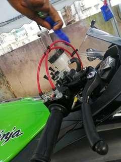 Fast throttle/ Quick throttle