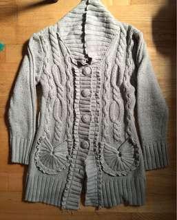 🚚 灰色毛衣外套