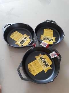 "READY STOCK. lodge cast iron pan dual handle 10.25"""