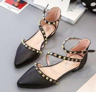Women Pointed Studded  Rivet Roman  Flat Shoe