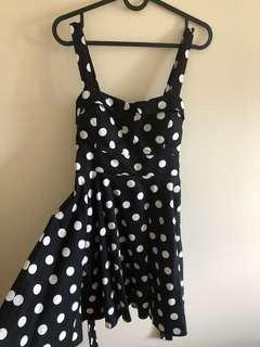 Small Black and white vintage dress