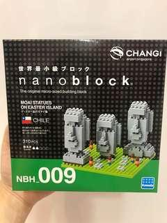 Nano Block Chile Moai Statues on Easter Island (Changi Airport Exclusive)