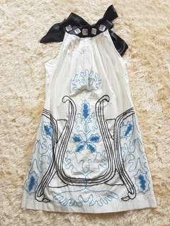 Whiye Embroidery dress