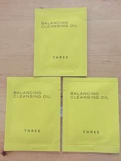 THREE Balancing Cleansing Oil Mini Set