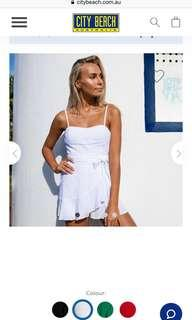 Ashanti white play suit worn 1time size 10 more of an 8